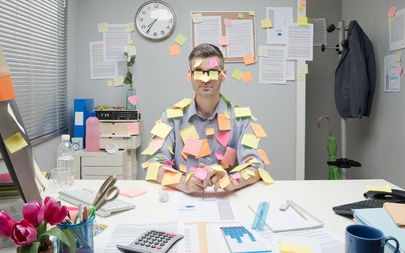 Problémy s organizací práce