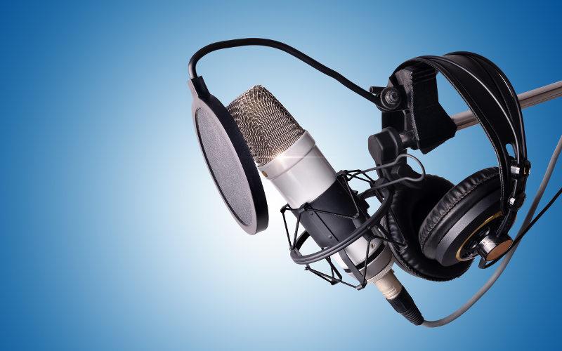 Vybavení na podcasting